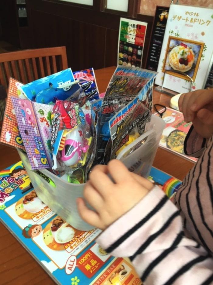 和食カフェ温のキッズメニューについてくるおもちゃ