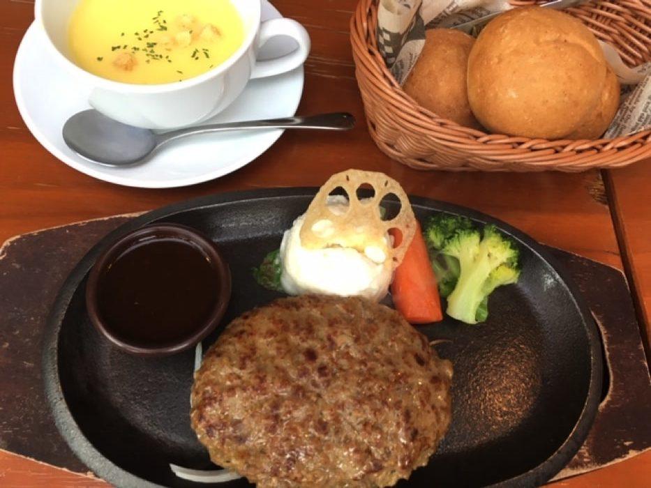和食カフェ温のハンバーグ