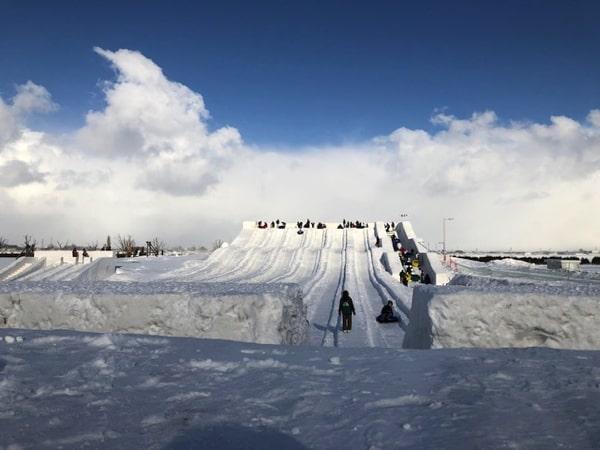 さっぽろ雪まつりつどーむ会場チューブスライダー