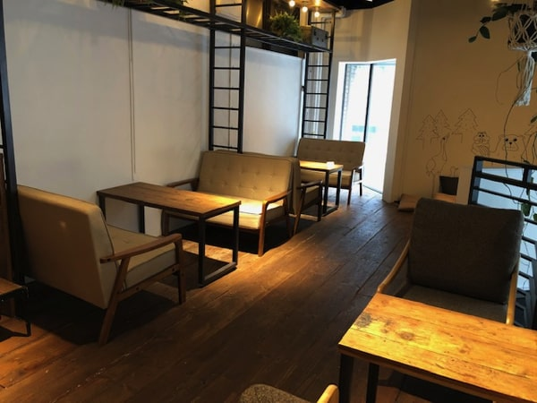The.Lighthouse Coffee&BEERの店内の様子