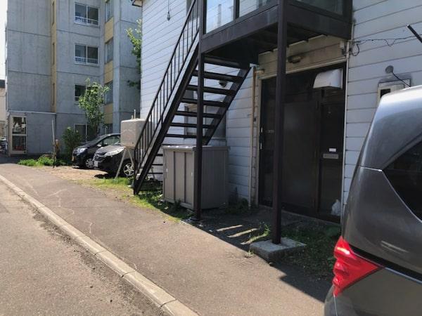 唐揚げ&ワッフル アモールの駐車場