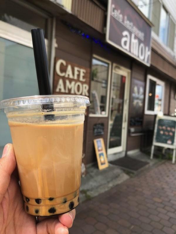 唐揚げとワッフル専門店アモールのコーヒータピオカ