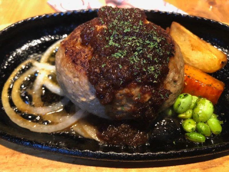ブロカントのハンバーグステーキ