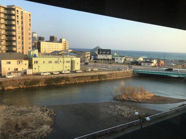 湯の川観光ホテル祥苑のお風呂から見える景色