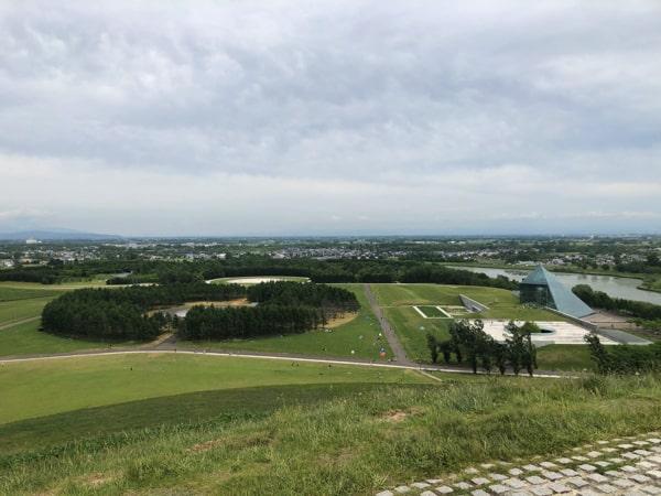 モエレ沼公園のモエレ山から見た景色